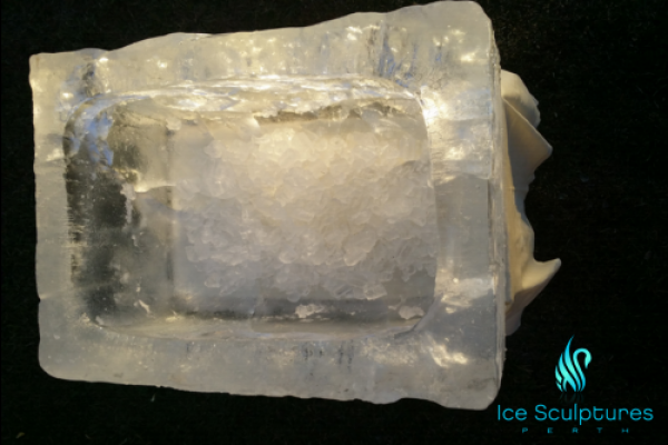 large-ice-box-26D2158CC-9607-8277-3EC0-3029536947F4.png