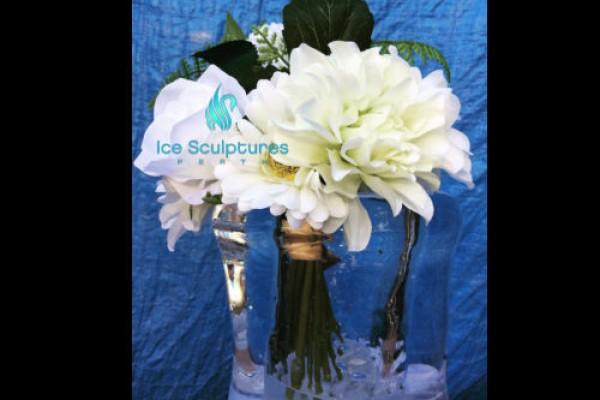 flowers-in-tall-vase-3F32AC505-94A6-0B87-984F-781F67EFBECF.jpg